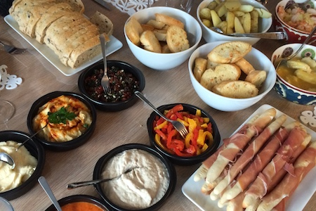 tapas, anti-pasti & mezzes